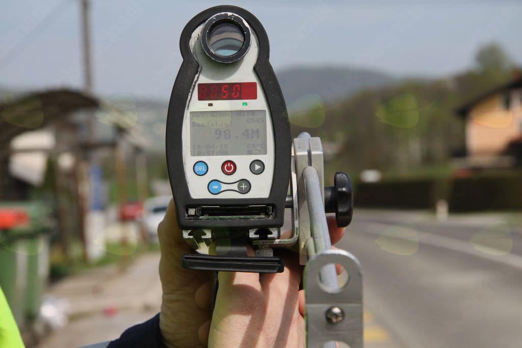 Občina Velike Lašče radar meritev hitrosti